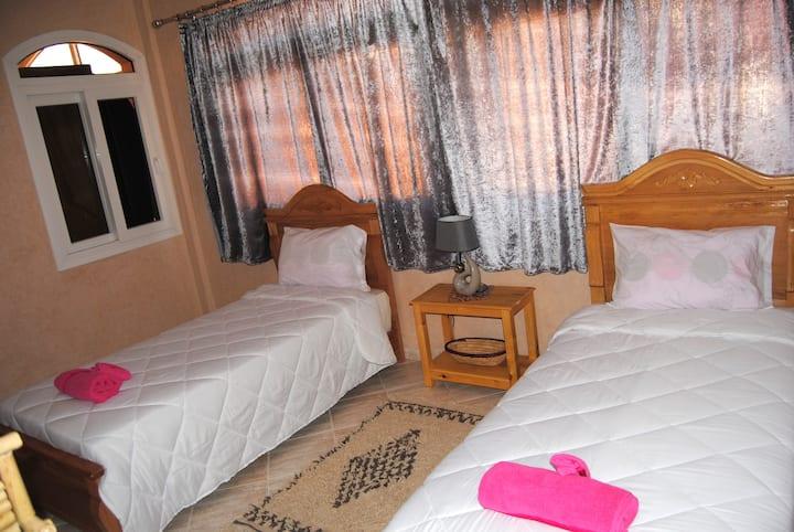 Triple bed room