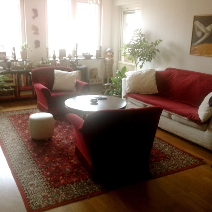 Vardagsrum / Cozy living room & TV & wifi.