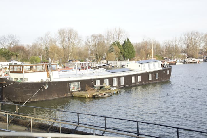 "Amsterdam Houseboat ""The Island"" - Amesterdão - Barco"