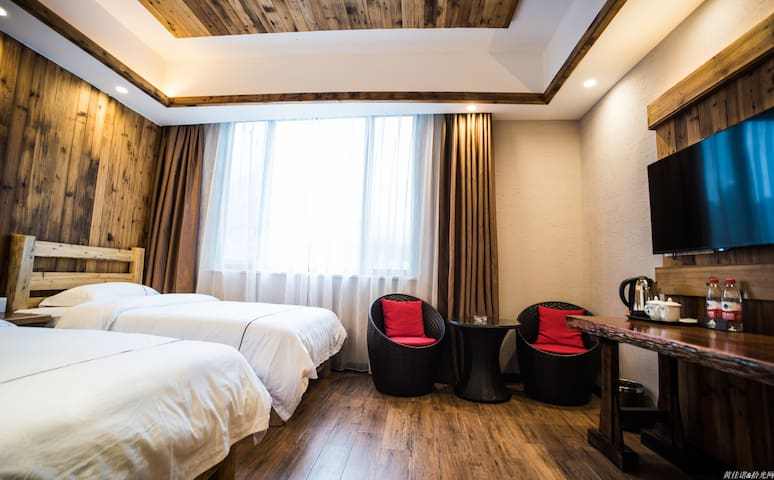 古镇山景双床房 - Guilin - House