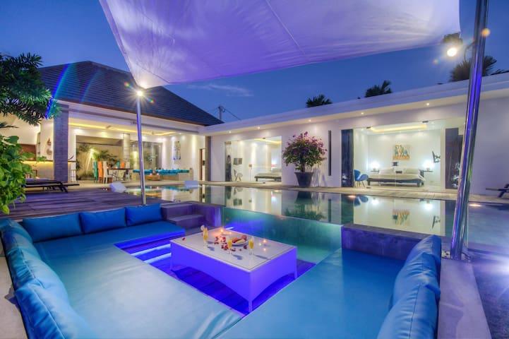 Wonderful Villa,  Infinity Pool w/ Rice Field View - Kuta - House