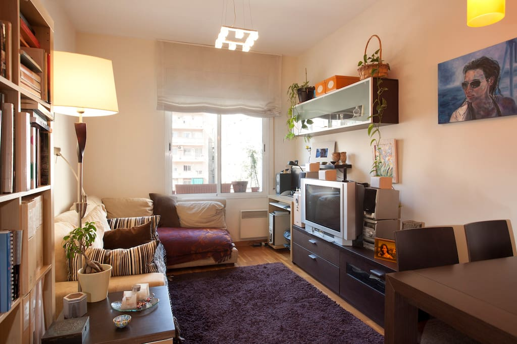 Bella camera vicino sagrada familia appartamenti in for Appartamenti barcellona affitto annuale