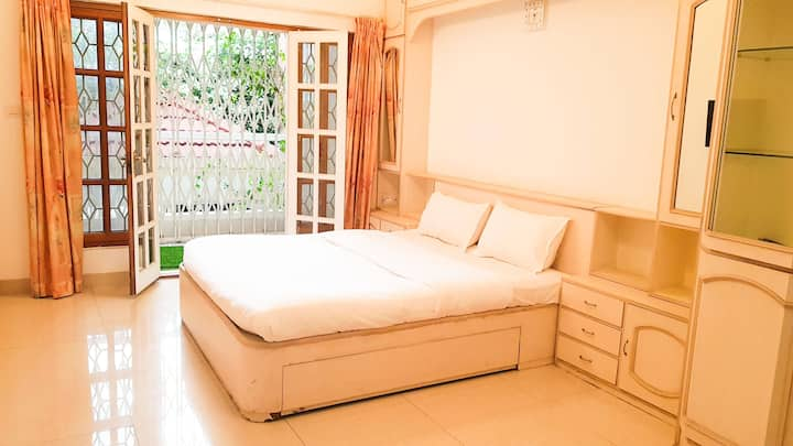 Private  Boutique Room With Balcony Koramangala