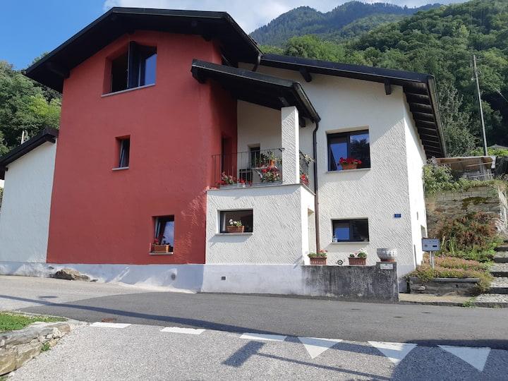 Casa in collina nel Gambarogno