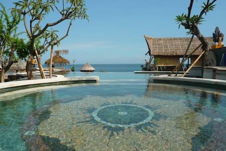 Classic Beach Villa 1 - Amed - Abang