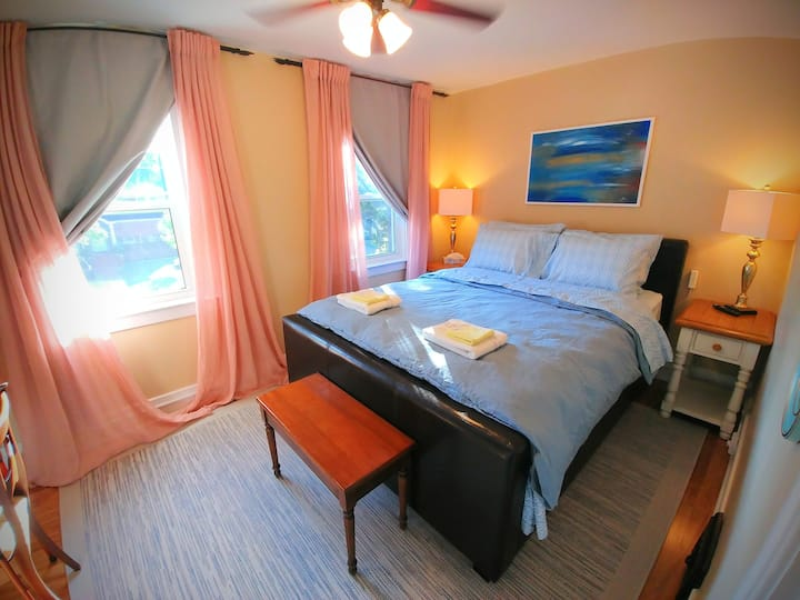 Comfy Room, Peaceful Home, Great Area (east room)