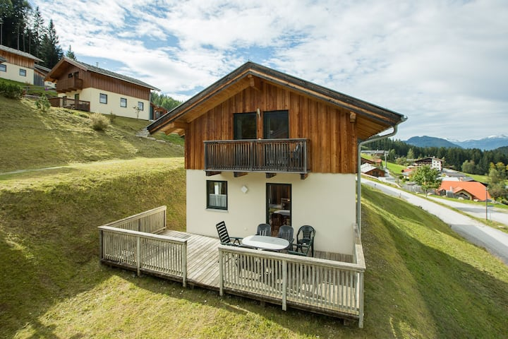 Spacious Chalet in Annaberg-Lungötz with Sauna
