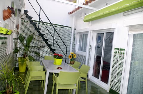 Sitges 200m from beach with Wifi