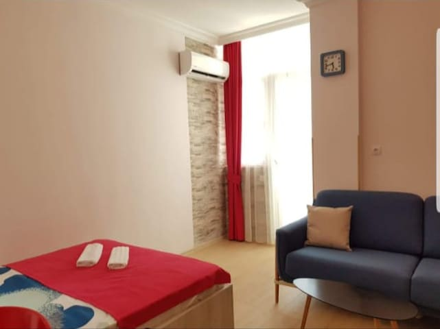Lux Apartment 2 в махинджаури