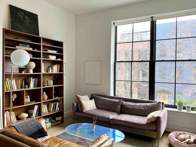 Curated & Private Prime Williamsburg Boutique Home