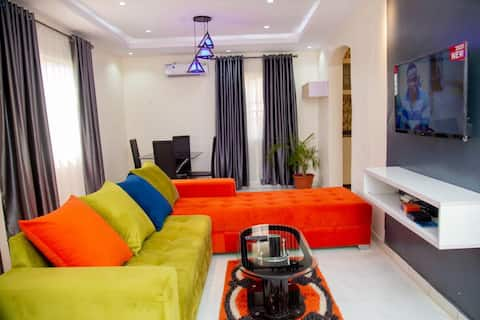 Tastefully Furnished 3 BRM Bungalow with WiFi