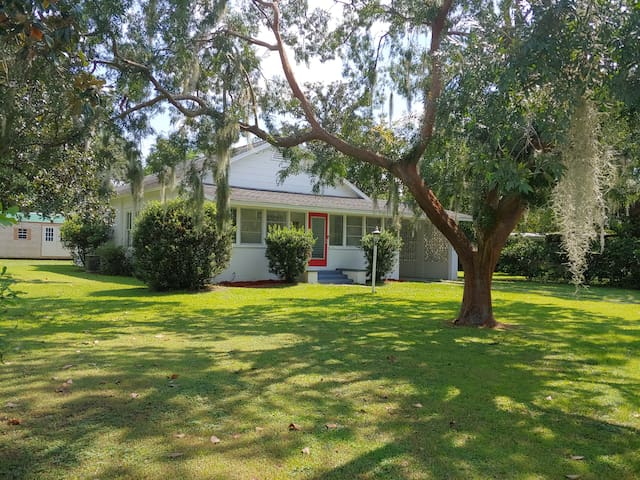 Bartow Old Towne Bungalow
