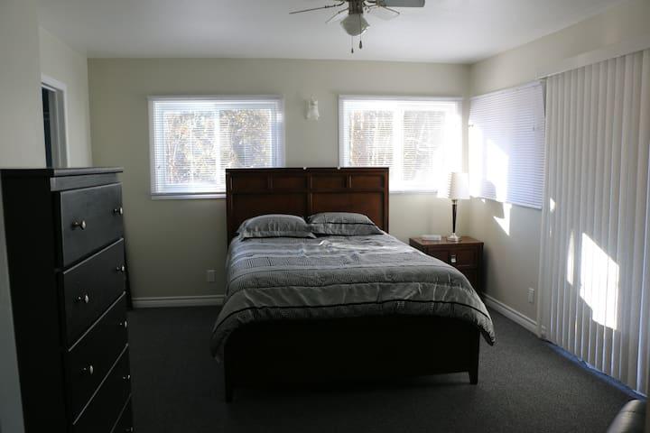 Cozy 1 Bedroom Cottage in Hockley Valley