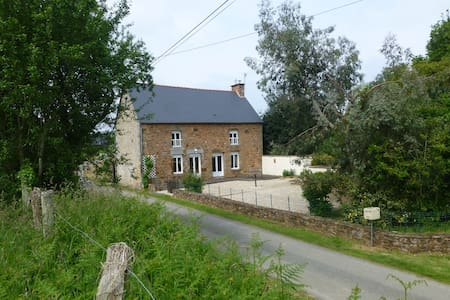 secluded 3 bedroom country house - Vieux-Viel