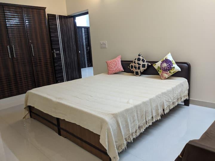 Alohi Ghar: Brahmaputra Room ~ private room