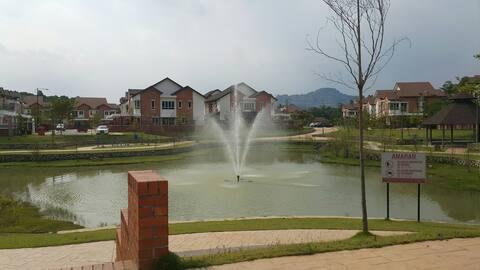 Family stay away City.. 2-1/2 Bdr Sungai Long