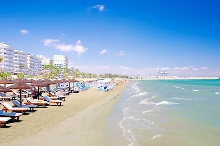 HOLIDAY BY THE SEA !!!!! TOP DEAL! - Larnaca - Apartemen