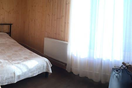 Загородный коттедж с баней на дровах - Maison