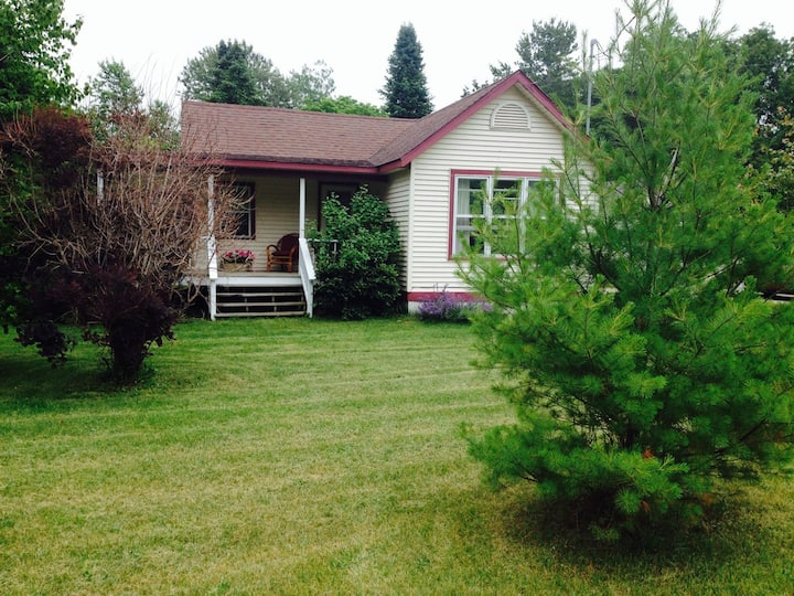 Sunny Cottage in Ellison Bay