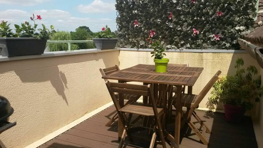 Apt T2 pour 4 pers avec terrasse - Le Perray-en-Yvelines - Pis