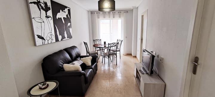 Apartamento playa Torrevieja, confort, relax y mar