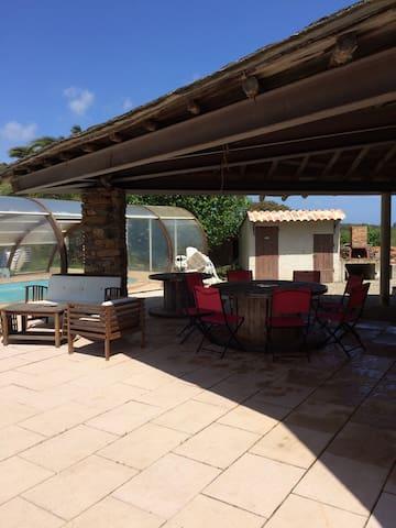 Grande villa solaire avec piscine - Sorbo-Ocagnano