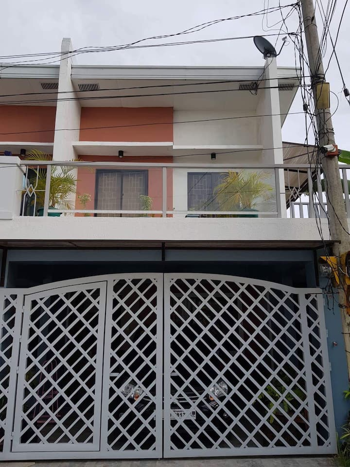 1 unit townhouse for rent