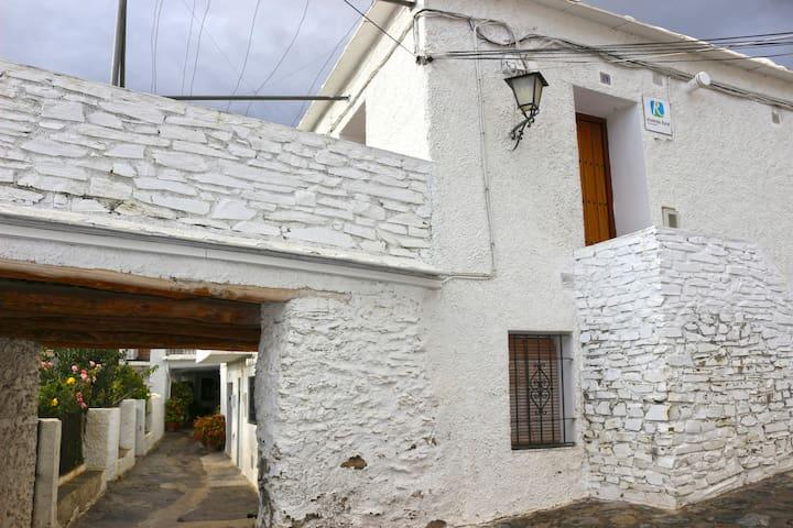 Casa Antonio Bubion Alpujarra - Bubión - Квартира