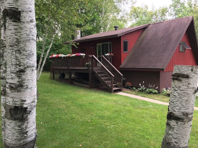 Edge of the Wilderness – Cozy 2 Br  - Grand Rapids - Byt