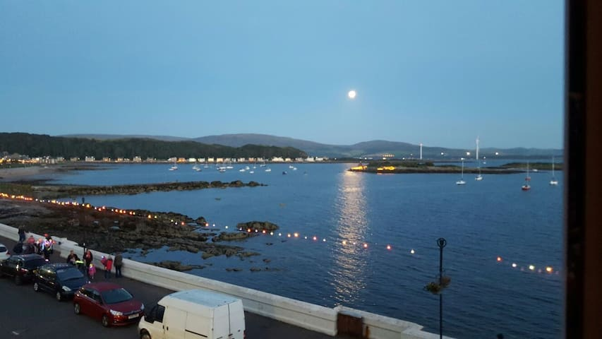 Beautiful Seafront Apartment - Millport - Pis