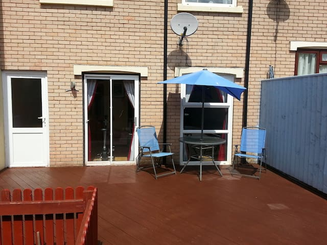 3 Bedroom House in Paignton, Torbay - Paignton - House