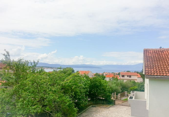 Sea view apartment in Malinska (Island of Krk) - Malinska - Appartement