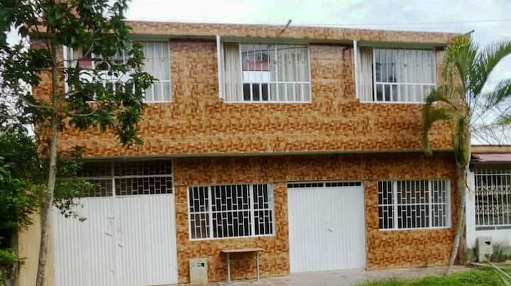 Apartamento independiente en Pandi y habitación