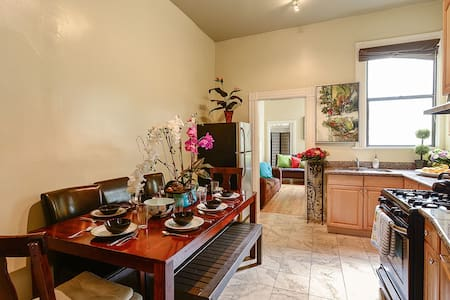 By Golden Gate park 4BR2BA
