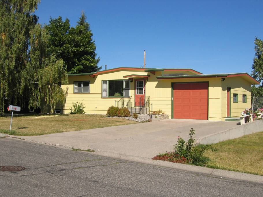 Living In Bozeman : Family Neighborhood Living - Houses for Rent in Bozeman ...