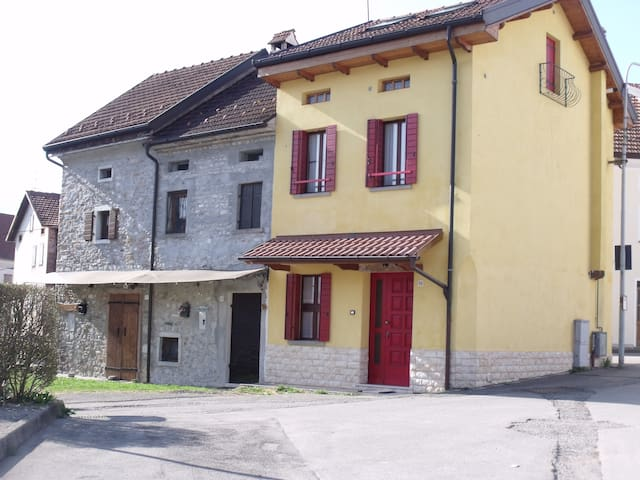 House Alpago Dolomiti Lago di Santa Croce Cansigli - Sitran - Dom