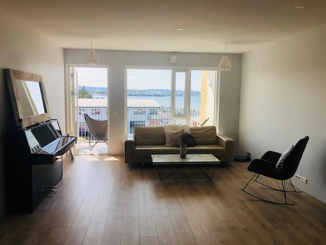Cosy ocean view apartment