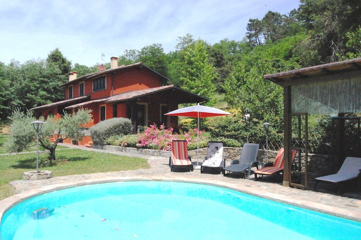 Villa Vitalina, Valfegana near Bagni Di Lucca