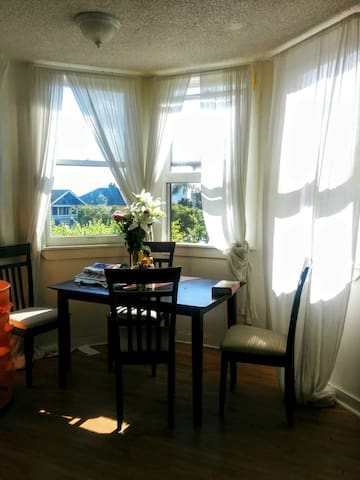 Sunny, Charming, Near Downtown & Convention Center - San Diego - Appartement