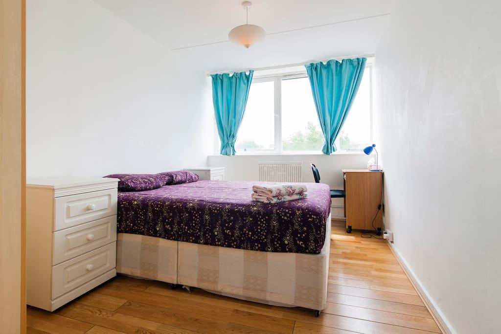 1 dormitorio doble en un amigable piso apartamentos en for Alquiler piso londres