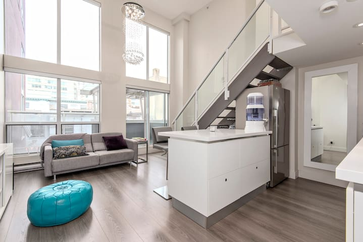 Loft in Yaletown