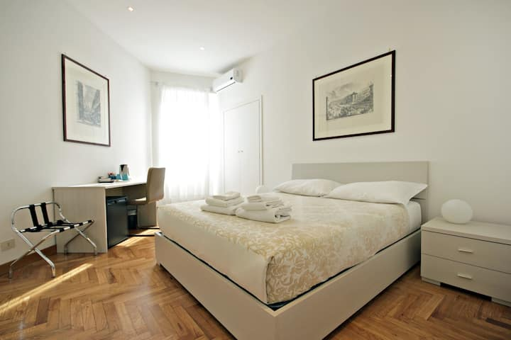 Domus Nicosia B&B_Spagna Room