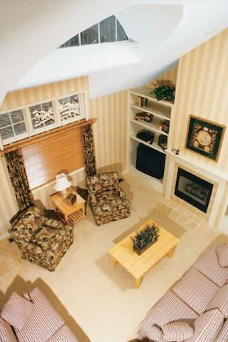 Spacious, cozy villa in Bushkill - East Stroudsburg - Villa