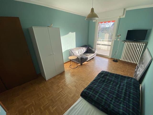 Room in a quiet neighbourhood 3