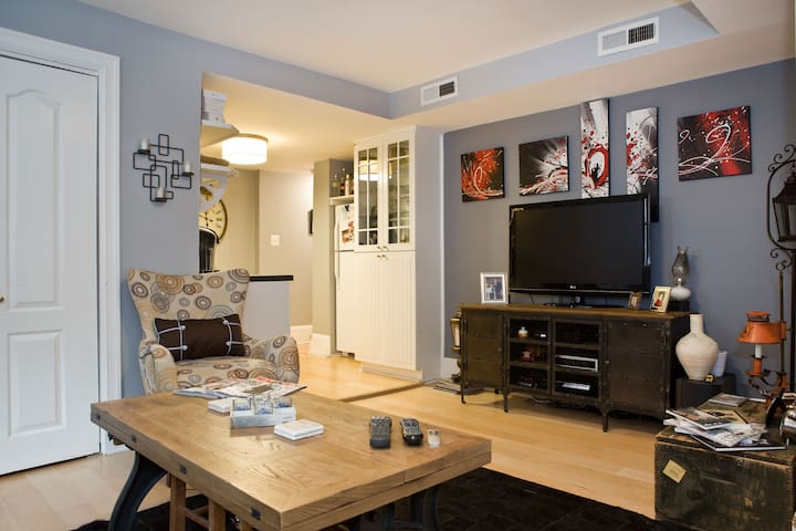 1 bedroom, 1 bath, Condo in Dupont - Washington - Apto. en complejo residencial
