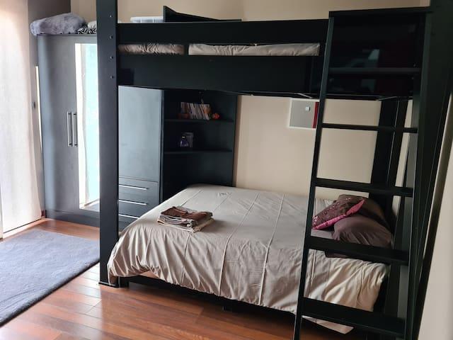 chambre 4 (2 lits doubles)