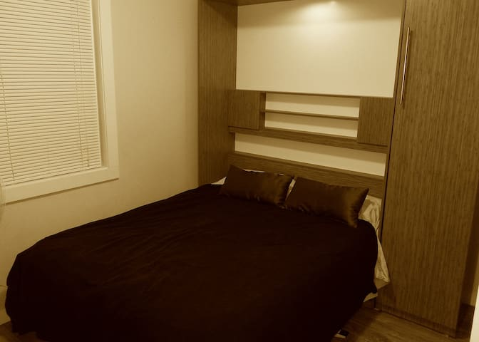 Perfect Central Bachelor-Studio - Ottawa - Daire