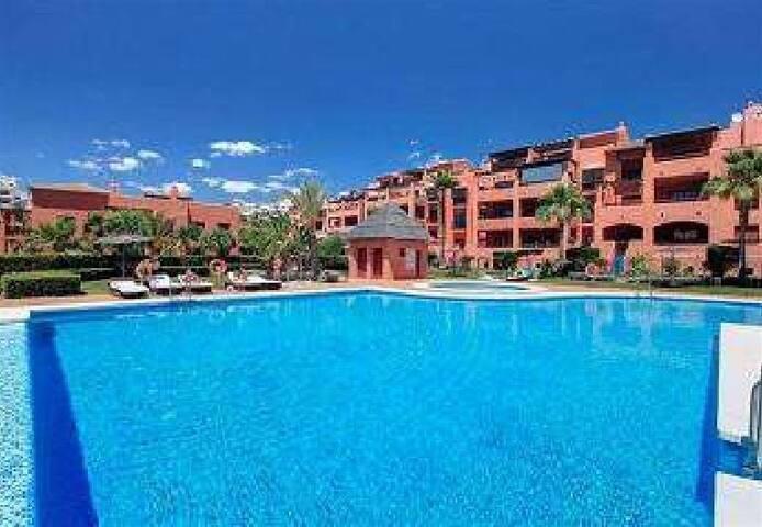 Vakantie appartement in luxe complex in Marbella - Benahavís