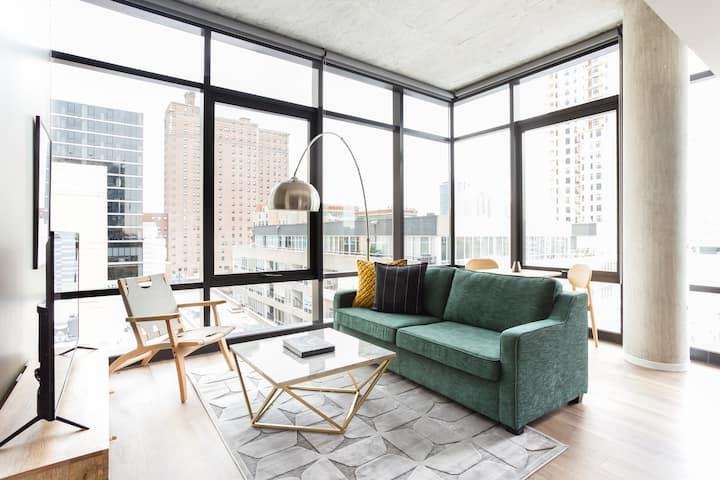Sonder | Studio in the South Loop | Discounted Rates