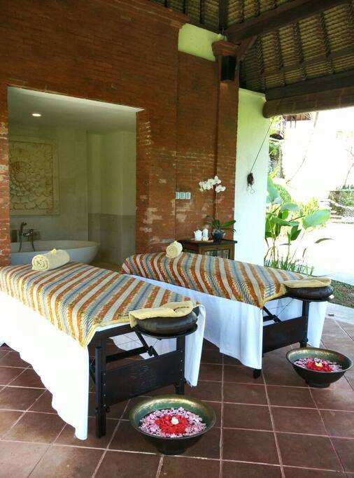 Couple Spa Area